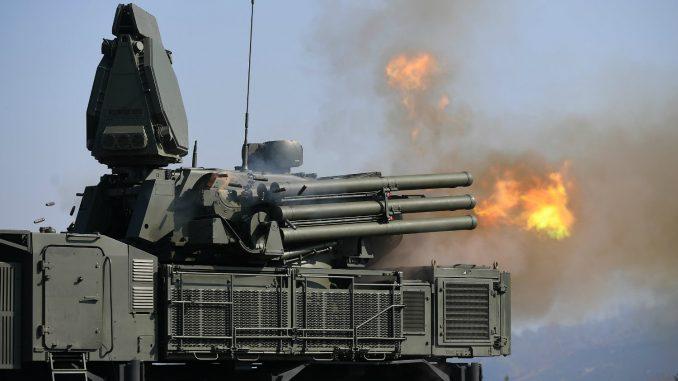 Pripadnici PVO prvi put izveli bojevo gađanje iz ruskog sistema Pancir 4