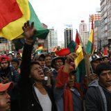 Prelazna bolivijska vlada navodi da se smiruju sukobi u zemlji 10