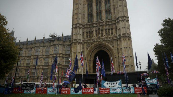 Britanski parlament usvojio program vlade Borisa Džonsona 4