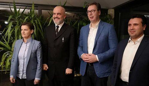 Vučić i Brnabić priredili večeru premijerima Severne Makedonije i Albanije 3