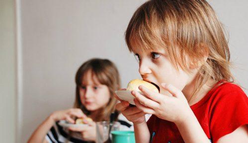 Unicef: Svako treće dete mlađe od pet godina ne hrani se dobro 12