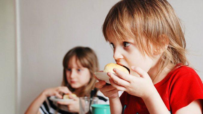 Da li je grickanje između obroka nasledno? 3