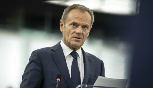 Tusk najavio da će preporučiti novo odlaganje Bregzita 9
