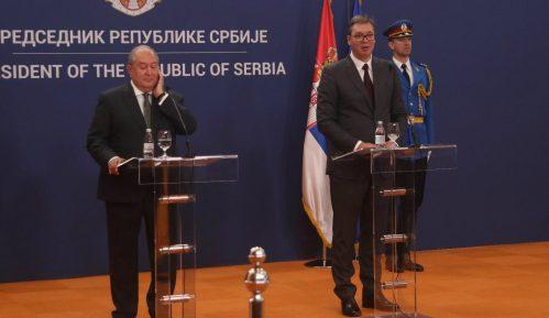 Vučić: Srbija otvara ambasadu u Jerevanu i ukida vize za građane Jermenije 2