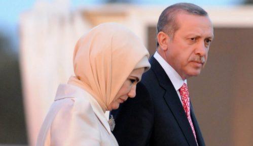 Sagovornici Danasa o obezbeđenju Erdoganove supruge: Potpuno nejasna egzibicija 9