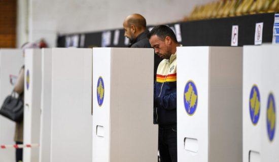 U prvom krugu lokalnih izbora na Kosovu izabrano 16 gradonačelnika 13
