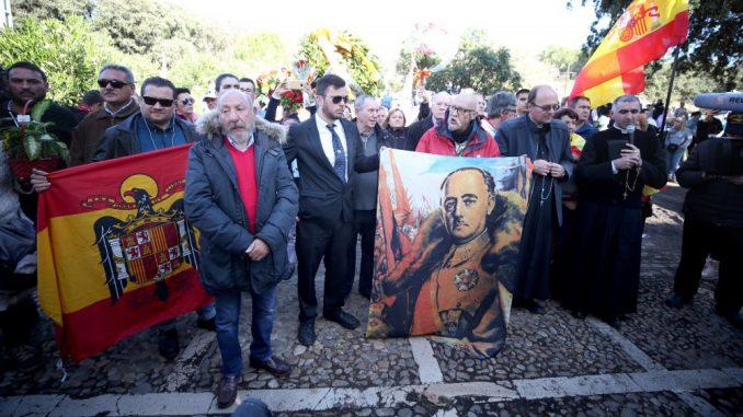 Posmrtni ostaci Franciska Franka ekshumirani iz mauzoleja 4