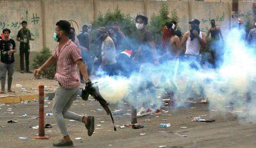 Novi bilans: U Iraku stradale 24 osobe na protestima protiv vlasti (FOTO) 8
