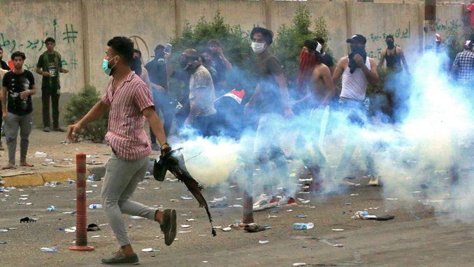 Novi bilans: U Iraku stradale 24 osobe na protestima protiv vlasti (FOTO) 4
