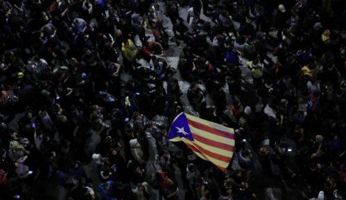 Pristalice nezavisnosti Katalonije blokirale auto-put 10