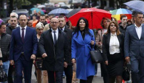 Srpska lista: Opozicija pokazala pravo lice reakcijama na vest o zdravstvenom problemu Vučića 1