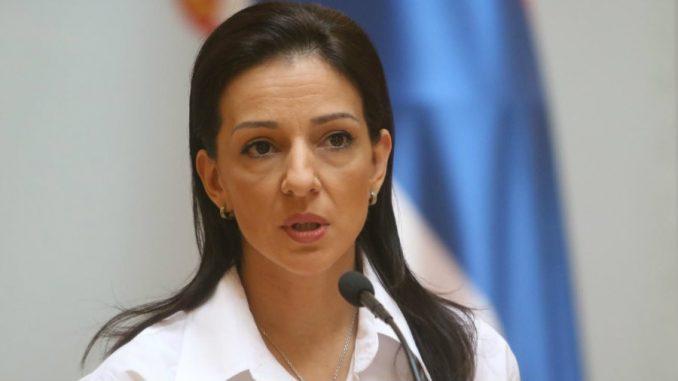 UNS pozvao da se istraže pretnje koje je Tepić (SSP) navodno uputila novinaru Milakovu 4