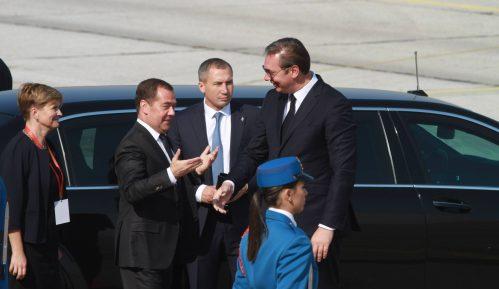 AP: Poseta Medvedeva Beogradu potvrda bliskih veza Srbije i Rusije 4