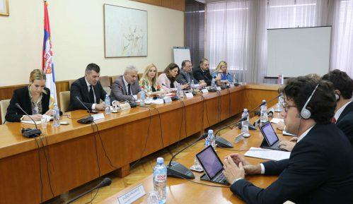 Ministar Đorđević sa delegacijom MMF-a o socijalnoj zaštiti i penzionom sistemu 13