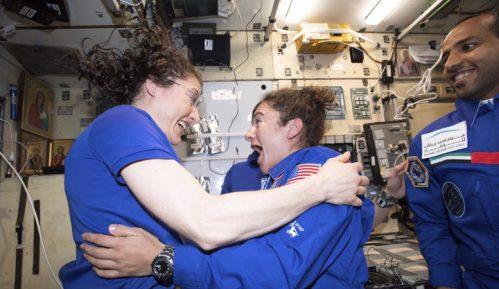 Nasa: Krajem oktobra prvi izlazak dve kosmonautkinje u svemir 11
