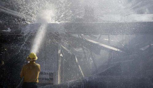 U Kaliforniji naložena evakuacija 50.000 ljudi zbog šumskih požara 6