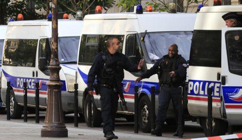 Francuski premijer uvodi nove mere u policiji posle ubistva u Parizu 10