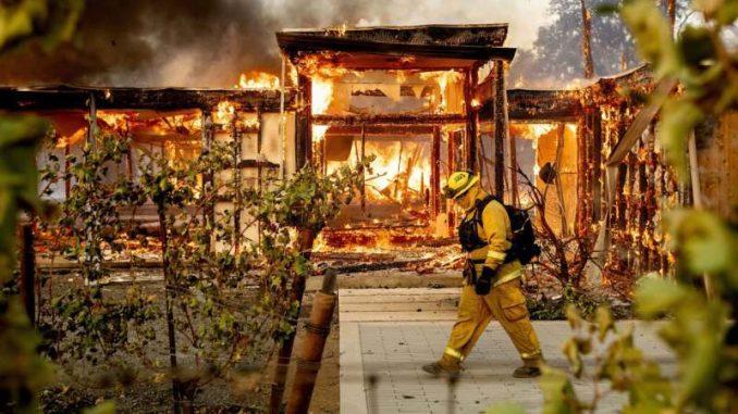 U Kaliforniji proglašeno vanredno stanje zbog požara 3