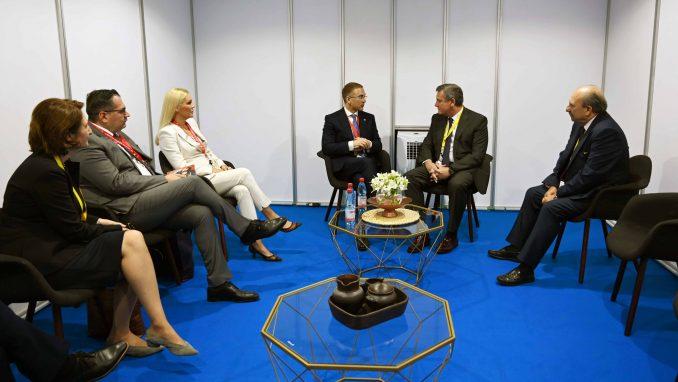 Stefanović sa šefovima delegacija Španije i Moldavije o Kosovu i daljoj saradnji policija 3