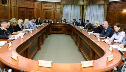 Vlada Srbije: Za Brezovicu 10 miliona dinara 9