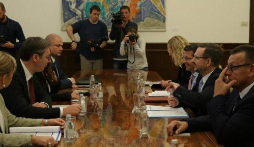 Vučić: Zadovoljni smo saradnjom sa OEBS 7