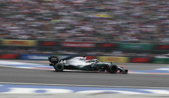 Hamilton u Sočiju ostvario 100. pobedu u karijeri i preuzeo vođstvo u šampionatu F1 10