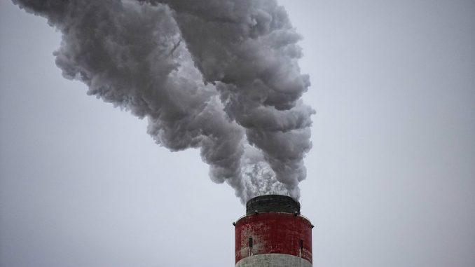 """Protest protiv zagađenja vazduha u Boru: """"Ovo je trovanje"""" 1"""