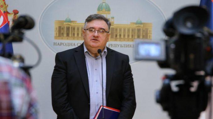 Vukadinović: Političari o špijunskoj aferi kao u filmu Tri karte za Holivud 4