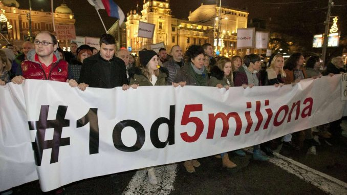 Godišnjica protesta 1 od 5 miliona: Okupljanja su brana od loših poteza vlasti 5