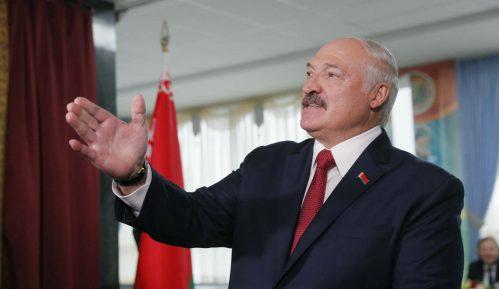 Lukašenko se hvali otopljavanjem veza sa SAD i pokušava da iznudi ustupke od Moskve 13