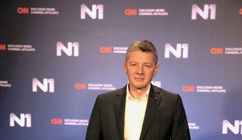 Jugoslav Ćosić: Premijerka kao da nema TV 2