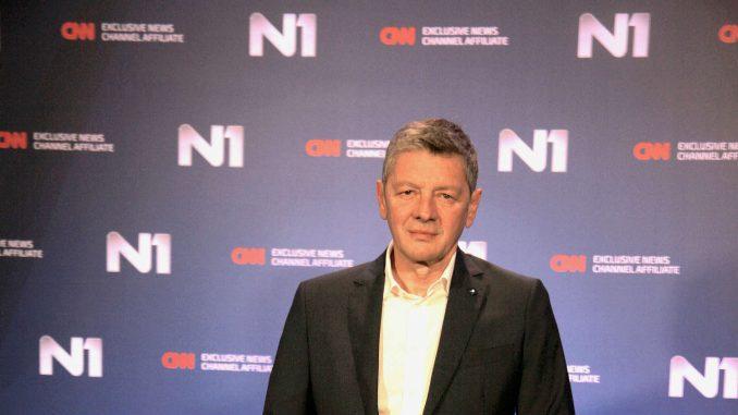 Jugoslav Ćosić: Premijerka kao da nema TV 1