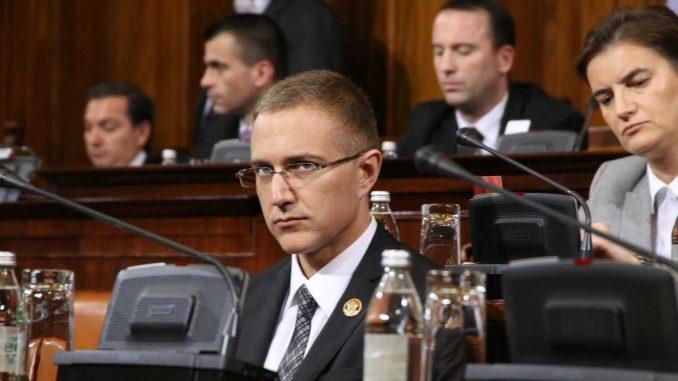 Država ne reaguje na nelogičnosti u studiranju Nebojše Stefanovića 2