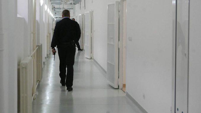 Suspendovani pripadnici obezbeđenja u zatvoru u Kruševcu 3
