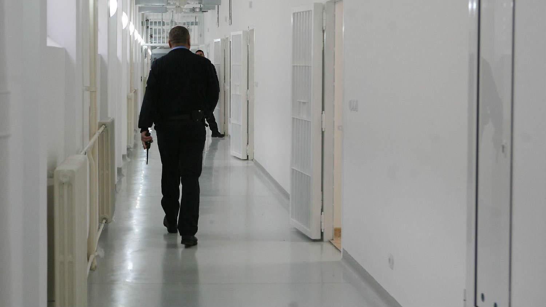 Suspendovani pripadnici obezbeđenja u zatvoru u Kruševcu 1