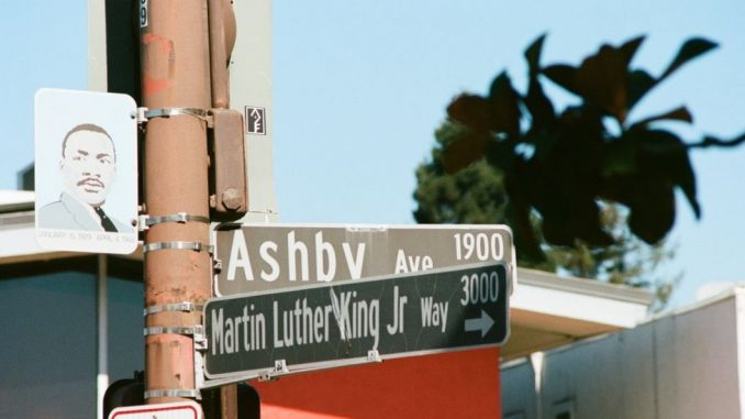 Martin Luter King: Kanzas uklanja natpis sa imenom čuvenog borca za građanska prava 3