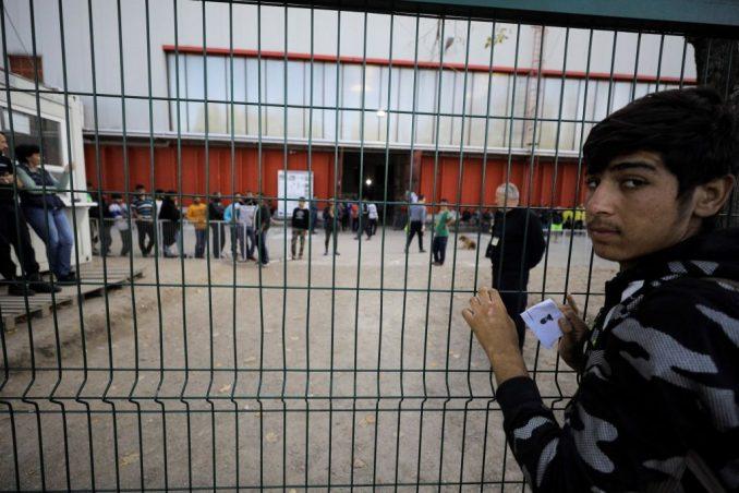 Bosna: Zabrana kretanja i policijski čas za migrante u kampovima Bira i Miral, UN protiv 3
