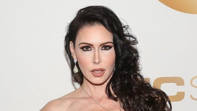 Instagram i porno zvezde: Zašto društvena mreža briše naloge porno glumica 3