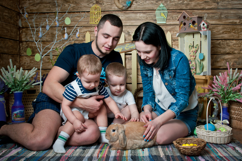 Margarita, Dmitri and their two children at Easter