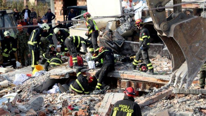 Zemljotres u Albaniji: Sve manje nade da će naći preživele 2