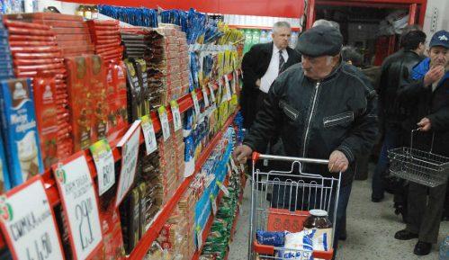 Proširen spisak maloprodaja koje će u nedelju biti otvorene za najstarije 12