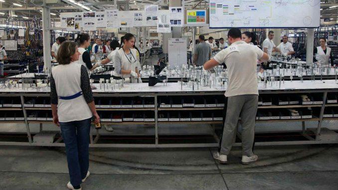 Nikolić: Strane investicije doprinose tehnološkom napretku 2