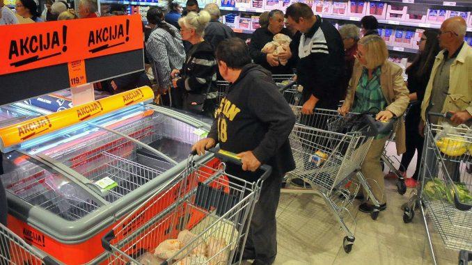 Potrošnja raste, ali kupuju najbogatiji 1