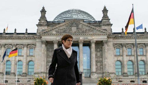 Berlin želi da osnaži, a ne da zameni NATO 4