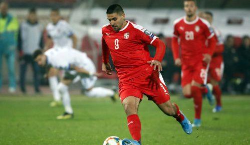 Fudbaler Aleksandar Mitrović pozitivan na korona virus 5
