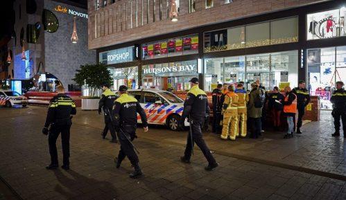 Holandska policija: Tri osobe ranjene nožem u Hagu 8