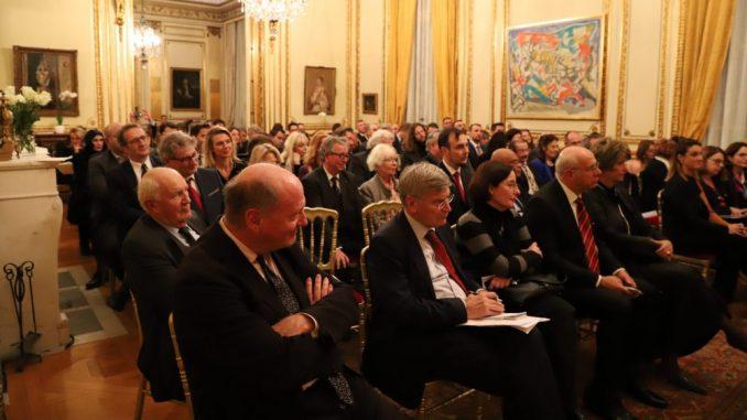 U ambasadi u Parizu obeleženo 180 godina diplomatskih odnosa Srbije i Francuske 5