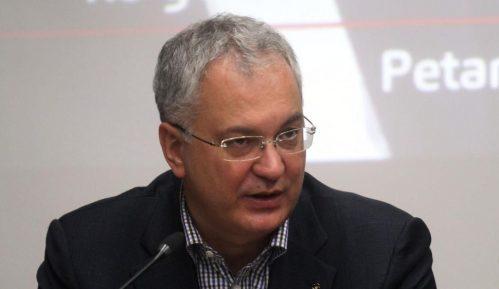 Šutanovac: Rusija pokušava da zakuca Srbiju van EU i NATO 15