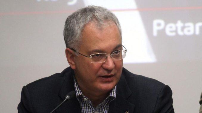 Šutanovac: Rusija pokušava da zakuca Srbiju van EU i NATO 1