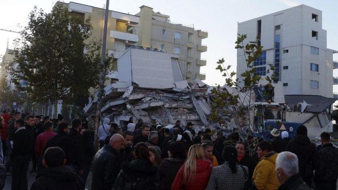 U zemljotresu u Albaniji najmanje 22 mrtvih, tim iz Srbije poslat u pomoć 18